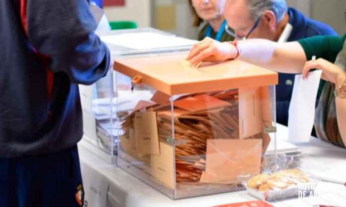 Mesa electoral en Arnedo (La Rioja)
