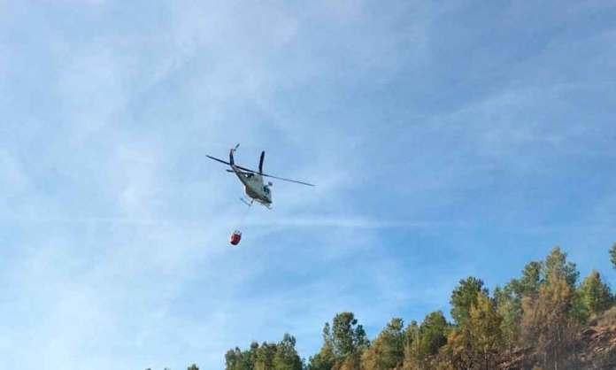 Imagen: Bomberos Forestales de La Rioja | Helicóptero anti incendios en La Rioja