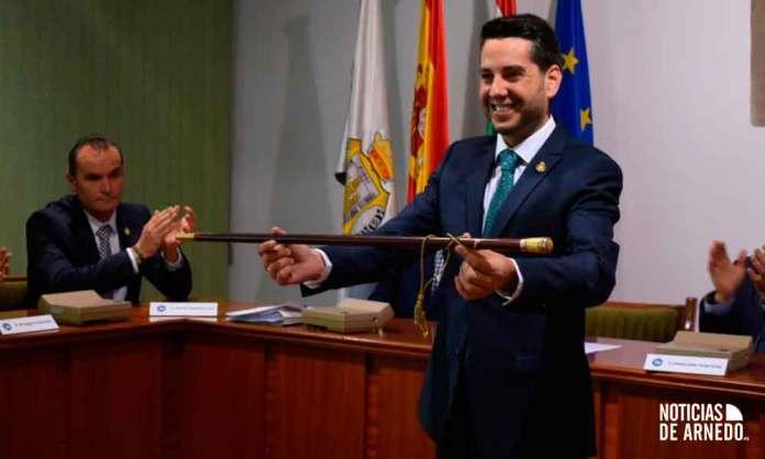 Javier García Ibañez, tras su investidura de nuevo como Alcalde de Arnedo