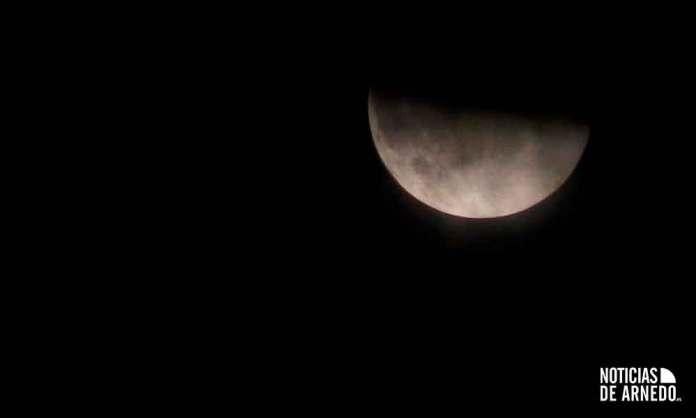 Eclipse parcial lunar captado desde Arnedo por Alfonso Yustes
