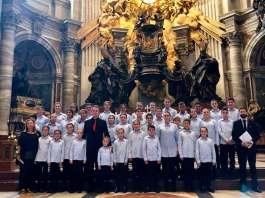 Coro Cuchuflete de Arnedo en el Vaticano