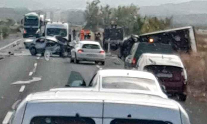 Accidente en la N-232 (Corera)   Imagen difundida por Redes sociales. Autor de la imagen: desconocido