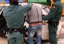 Momento de la detención por parte de la Guardia Civil en Arnedo