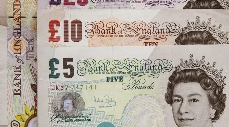 Cae la libra después del rechazo a prorrogar el Brexit