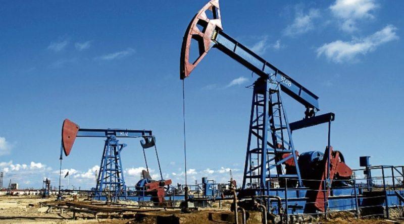 El petróleo recupera los precios de marzo