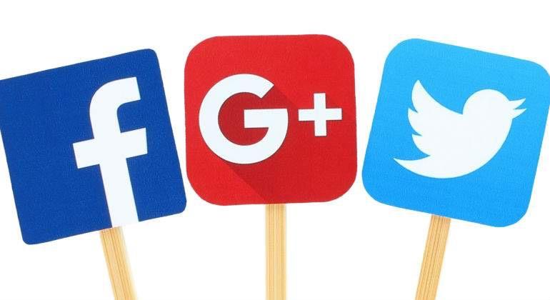 Facebook y Twitter bajo la lupa por prácticas opacas