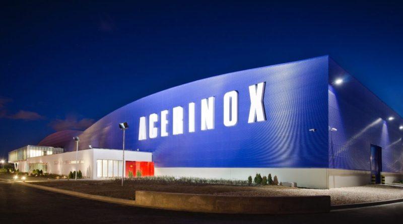 Acerinox gana un 50% menos en el semestre