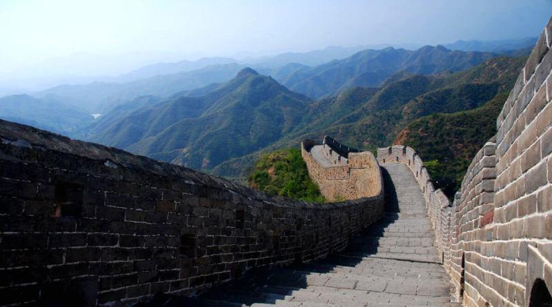El Ibex 35 no puede con la gran muralla