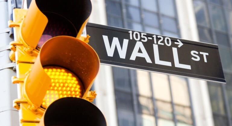 Una divergencia que no se daba desde hace 20 años en Wall Street