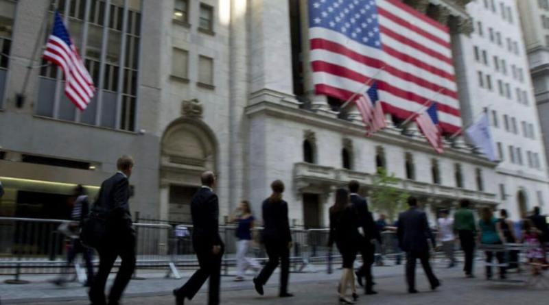 Wall Street cerró con pérdidas en sus principales índices