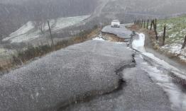 Deslizamiento camino de servicio en Porciles (Salas), en el talud sobre la N-634