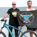 Remeros del Eo entrega la bicicleta de su sorteo