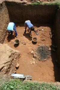Los resultados de los trabajos arqueológicos de Vigaña, en Belmonte, en un libro sobre las aldeas medievales europeas 2