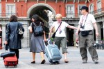 turistas-en-madrid-plaza-mayor
