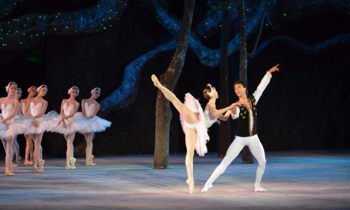 El cascanueces por la Compañía Nacional de Danza