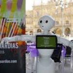 Un robot pregonero Festival de Luz y Vanguardias Salamanca 2016