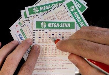 rn_mega-sena-acumulada-170-mihoes-de-reais_30072014002-850x584