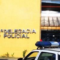 AÇÕES POLICIAIS – Homem é encontrado morto com marcas de tiros nas costas e na cabeça em Macaé