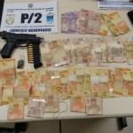 AÇÕES POLICIAIS – PM prende suspeito de gerenciar o tráfico no Tangará em Cabo Frio