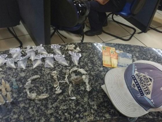 Material foi levado para a 125ª DP, em São Pedro da Aldeia