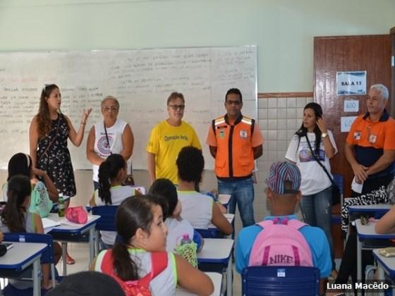 Escola Municipal Professora Miriam Alves Guimarães, no bairro Fluminense2