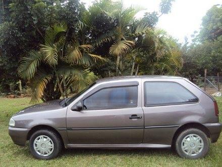 Carro roubado em São Pedro da Aldeia