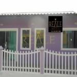 REALE IMÓVEIS – Excelente Casa em Condomínio Fechado em São Pedro da Aldeia