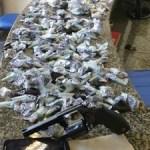 AÇÕES POLICIAIS – Jovens são presos por tráfico em loteamento de Iguaba Grande