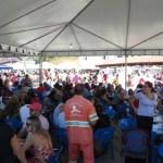 Festival do Peixe da Praia da Baleia fica completamente lotado no começo da tarde desse domingo