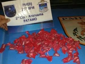 Material foi apreendido em Araruama 0607
