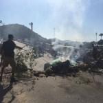CONFUSÃO EM CABO FRIO – Coveiros fazem paralisação no RJ; famílias de mortos fecham ponte