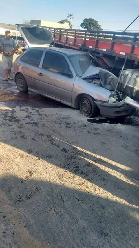 Acidente em Praia Linda 0208 3