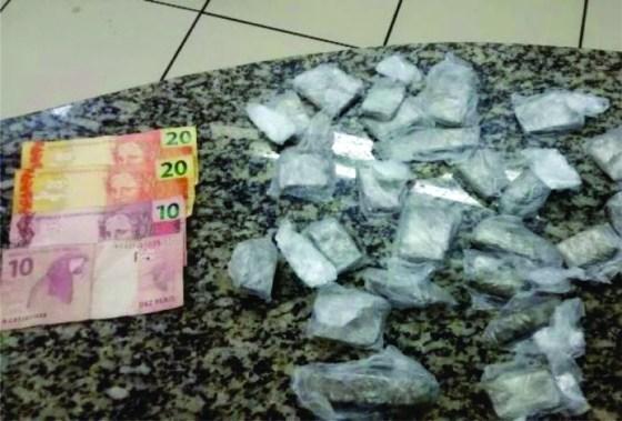 drogas-apreendidas-em-sao-pedro-da-aldeia-33