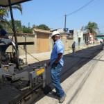 Prefeitura aldeense realiza serviços de asfaltamento e limpeza em diversos bairros