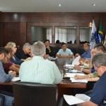 Prefeito Cláudio Chumbinho reúne secretariado para discutir reformas na administração municipal