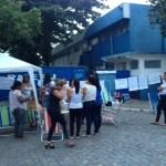 CABO FRIO – Parentes de PMs acampam em frente a batalhão em Cabo Frio; policiamento é normal