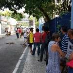 CABO FRIO – Saque do FGTS gera fila antes da abertura da Caixa em Cabo Frio