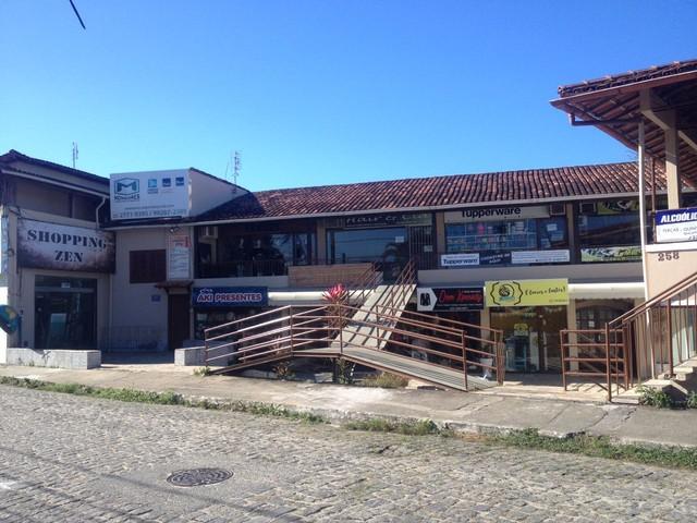 RIO DAS OSTRAS - Recém-nascido é abandonado num shopping em Rio das Ostras