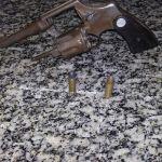 AÇÕES POLICIAIS – Dois homens foram conduzidos pela PM à 125ª DP com suspeita de praticar assaltos na Praça Hermógenes Freire