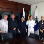 SÃO PEDRO DA ALDEIA – PREFEITO CLÁUDIO CHUMBINHO RECEBE COMANDANTE DA FORÇA AERONAVAL