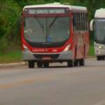 CABO FRIO – Passageiro morre após ser baleado dentro de ônibus em Cabo Frio; tiro partiu de motorista de carro, dizem testemunhas