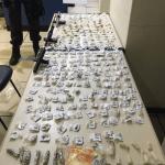 AÇÕES POLICIAIS – Três homens são baleados e detidos com pistolas e drogas em operação da PM em Saquarema