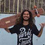 SÃO PEDRO DA ALDEIA – Alunos do Porto do Carro participam de roda de conversa com Campeão Mundial de Longboard