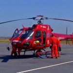 ACIDENTE – Motorista é socorrida por helicóptero após carro capotar em Arraial do Cabo