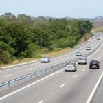 REGIÃO DOS LAGOS – Cerca de 450 mil veículos devem passar pela Via Lagos durante período de carnaval