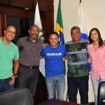 SÃO PEDRO DA ALDEIA – PREFEITO CLÁUDIO CHUMBINHO RECEBE PRESIDENTE DA ASSOCIAÇÃO DE MORADORES DO BAIRRO JARDIM PRIMAVERA