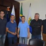 SÃO PEDRO DA ALDEIA – Prefeito Cláudio Chumbinho recebe novo prefeito de Iguaba Grande Vantoil Martins