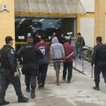 AÇÕES POLICIAIS – Quatro pessoas são presas durante operação no Manoel Corrêa, em Cabo Frio