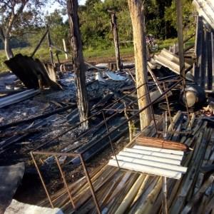 Confronto em assentamento deixa dois policiais militares e trabalhadores rurais feridos em São Pedro da Aldeia