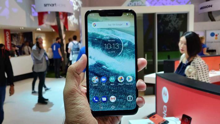 Motorola One Power - Motorola inicia a actualização do One Power para o Android 10